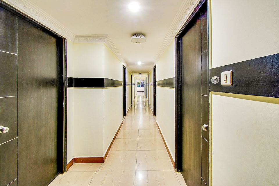 Capital O 71710 Hotel Ramachandra Residency