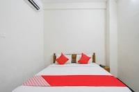 OYO 71798 Ezhil Residency