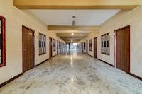 OYO 71803 Poorna Lodge