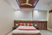 OYO 71847 Ramkrishna Palace