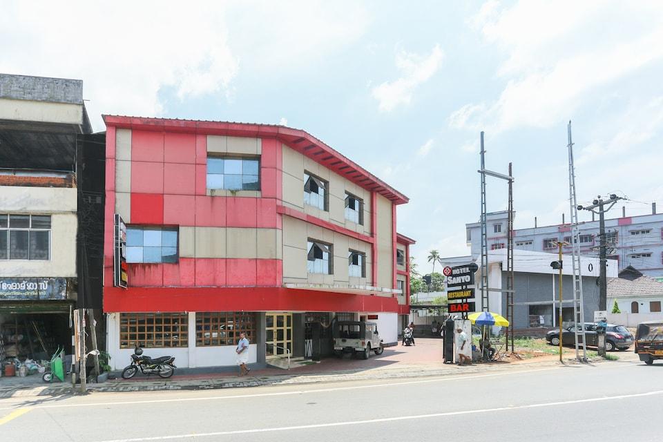 Capital O 71853 Hotel Sanyo