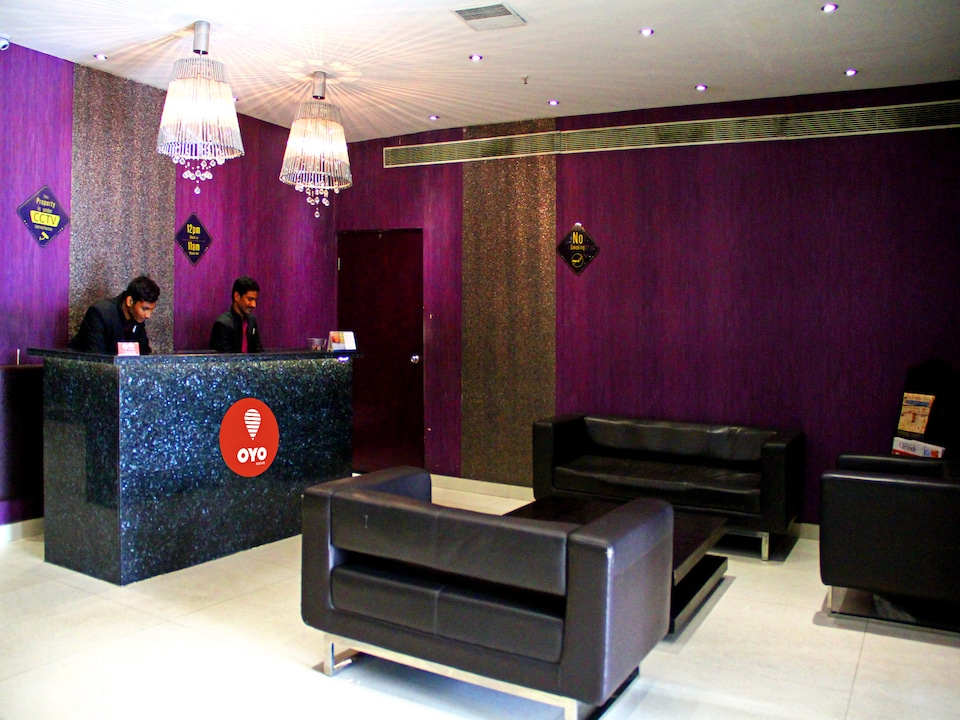 OYO 920 The Purple Leaf Hotel