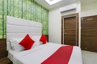 OYO VAD159 Hotel Grand