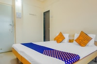 SPOT ON 71935 Deepali Garden Lodge