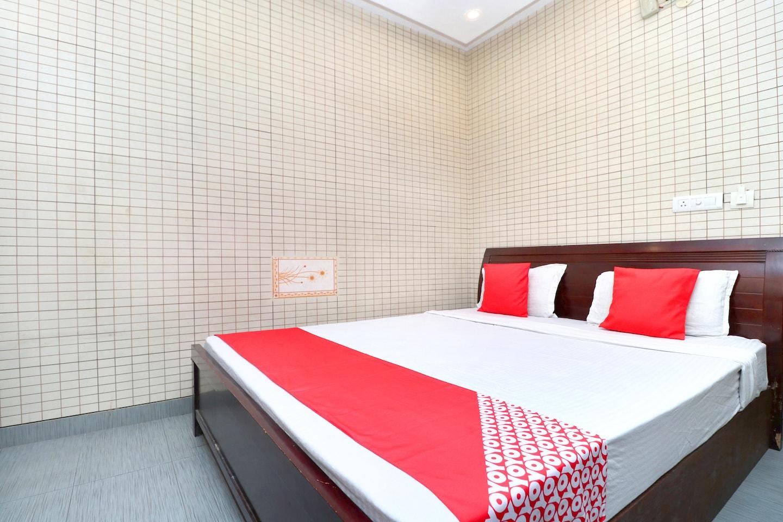 OYO 5993 Hotel Highland -1