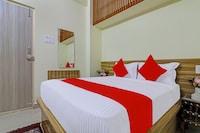 OYO 72003 Hotel DSR Inn