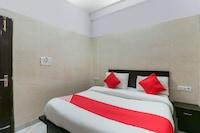 OYO 72042 Hotel Csrk