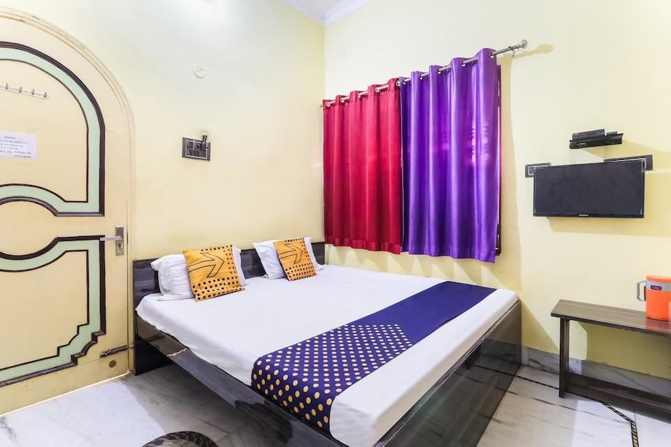 SPOT ON 72099 Balajee Residency