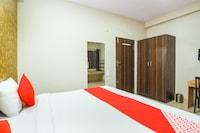OYO 72114 Room Mantra