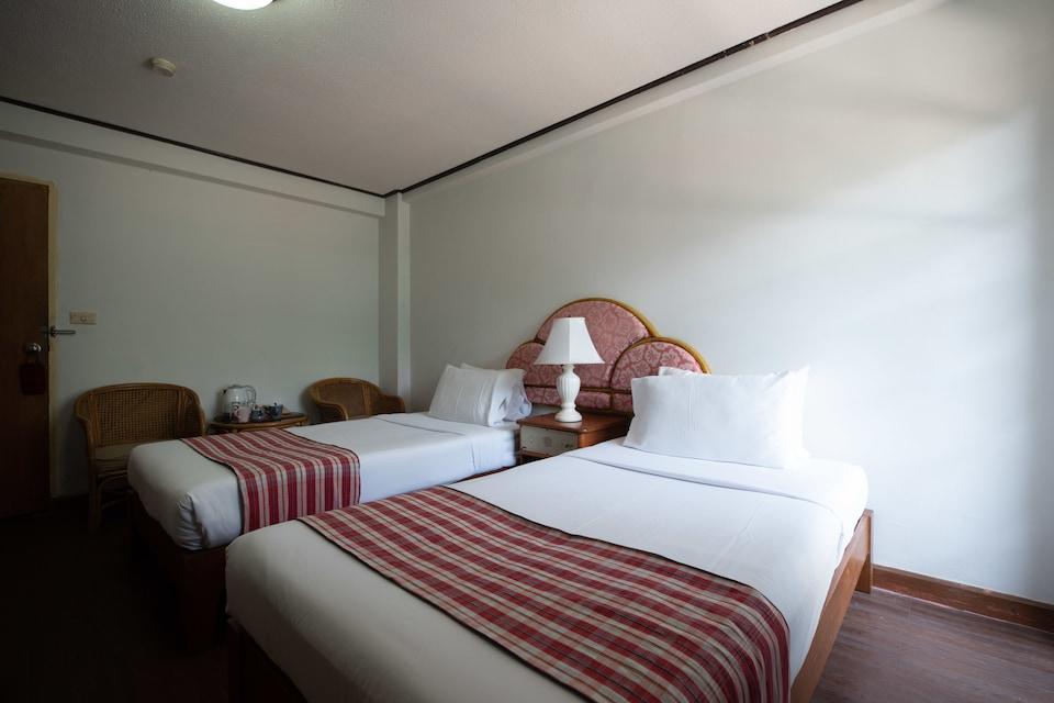 OYO 870 Jim's Lodge Hotel