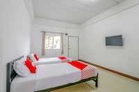 OYO 873 Smart And Smile Apartment