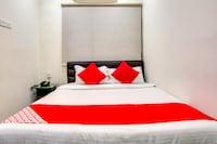 OYO 72156 Akshaya Inn