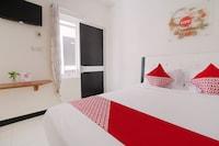 OYO 3350 Cozy Residence Syariah
