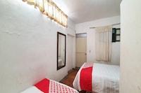 OYO Hotel Colonial