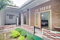 OYO 3355 Homestay Syariah Asyuban