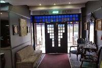 OYO The Lovat Hotel