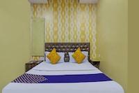 SPOT ON 72246 Gayatri Lodge