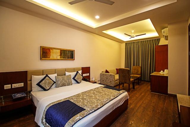 OYO Rooms 585 Near Sector 10 Metro Dwarka