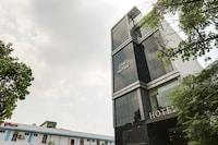 Capital O 72303 Hotel Hira Panna