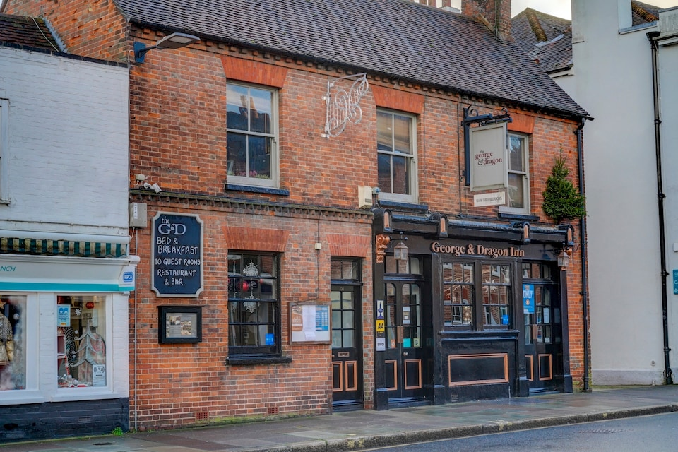 OYO George & Dragon Inn, Chichester (South England), Chichester