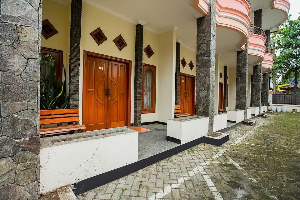OYO 3406 Pandu Prima Guest House, Antapani, Bandung