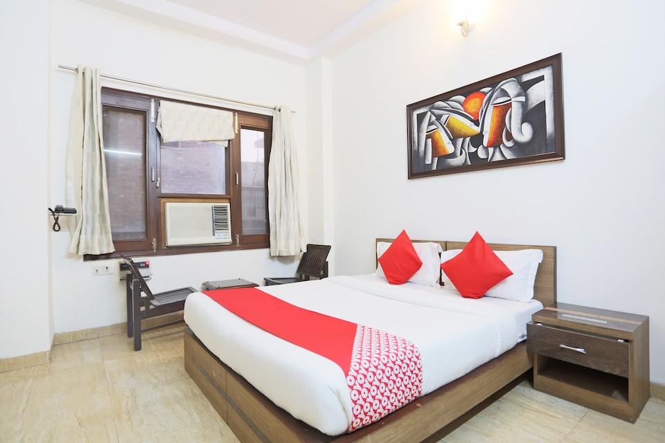 OYO 72477 Hotel Ashoka