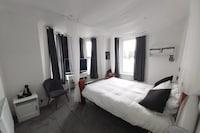OYO Pier Hotel