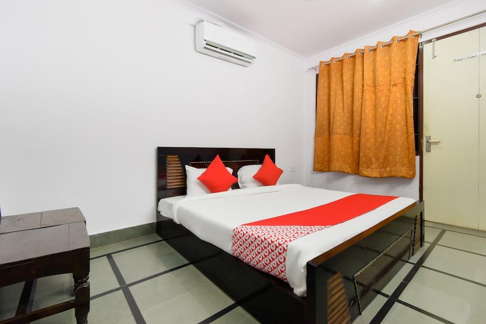 OYO 72533 V9 Resorts