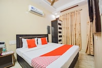 OYO 72538 Hotel Anand