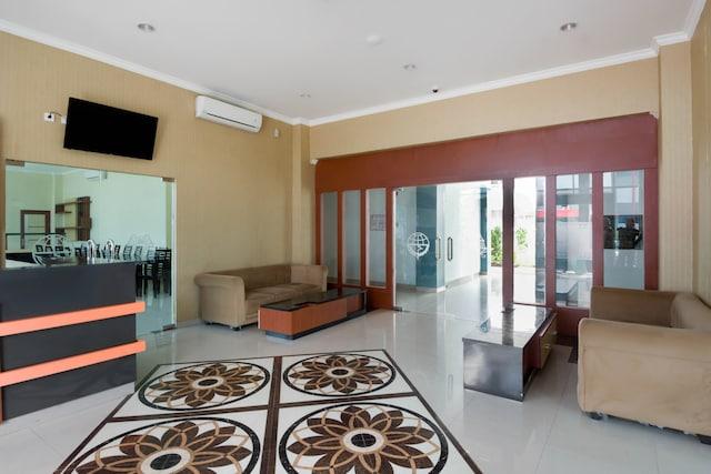 OYO 3431 Alpha Hotel