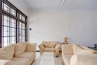 OYO 3467 White Residence
