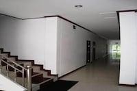 OYO 918 Kachapol Hotel