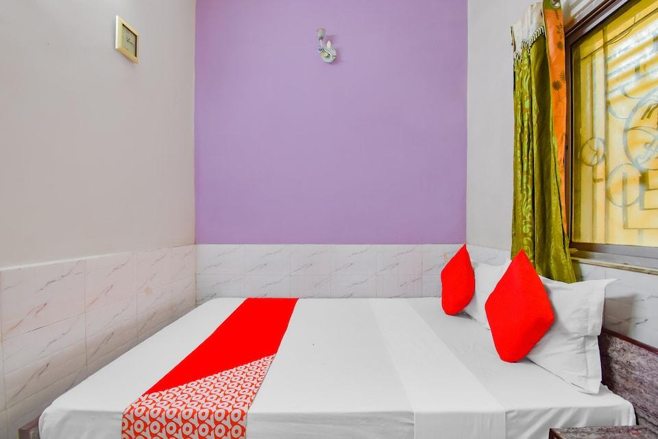 OYO 72692 Hotel Kariim, Esplanade Kolkata, Kolkata