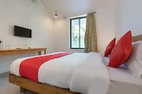 OYO 72692 Hotel Kariim