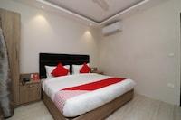 OYO 72709 Hotel Hansa Palace