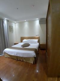 OYO 482 Sewan Hotel Apparments
