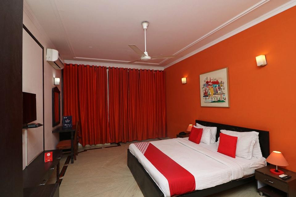 OYO 72759 Hotel Meet Palace