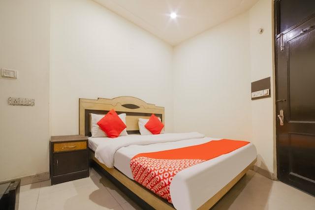 OYO 72773 Hotel Kashvi International