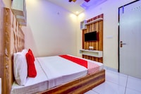 OYO 72793 Hotel Sarovar