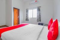 OYO 72821 SKL GRAND ROOMS