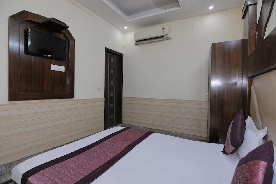 OYO 6124 Lord Krishna Dx Inn, Paharganj Delhi, Delhi