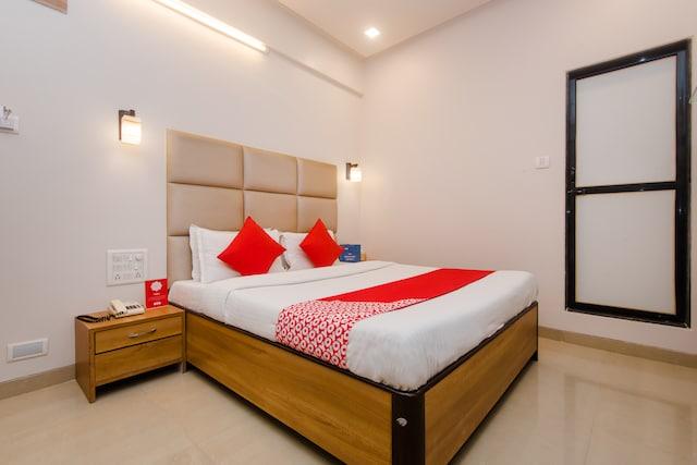 OYO 935 Hotel Palkhee