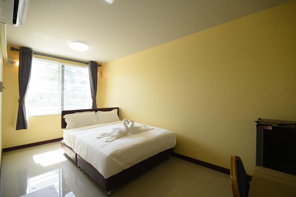 OYO 956 Thachang Resort