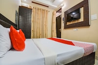OYO 73203 G One Guest House