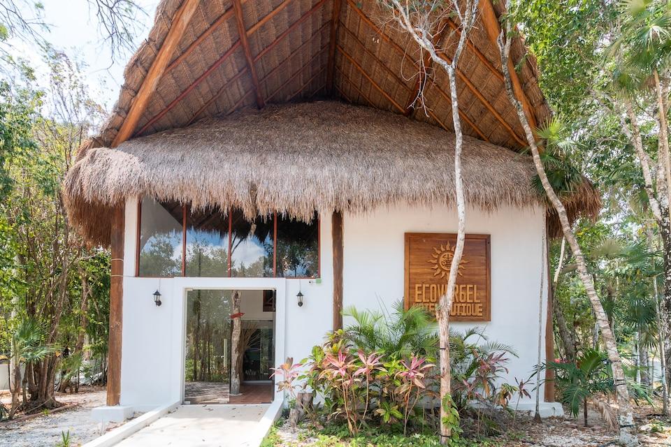 Capital O Ecovergel Hotel Riviera Maya