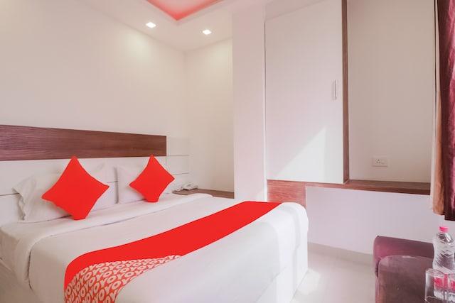 OYO DTT013 Hotel Sky wood