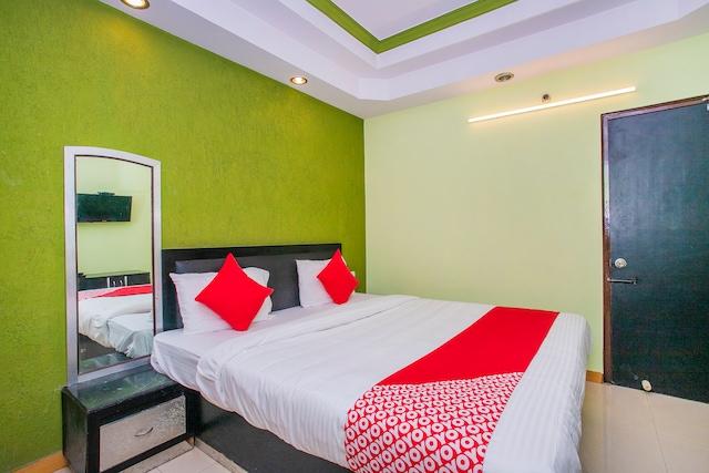 OYO 6145 The Hotel Nalanda