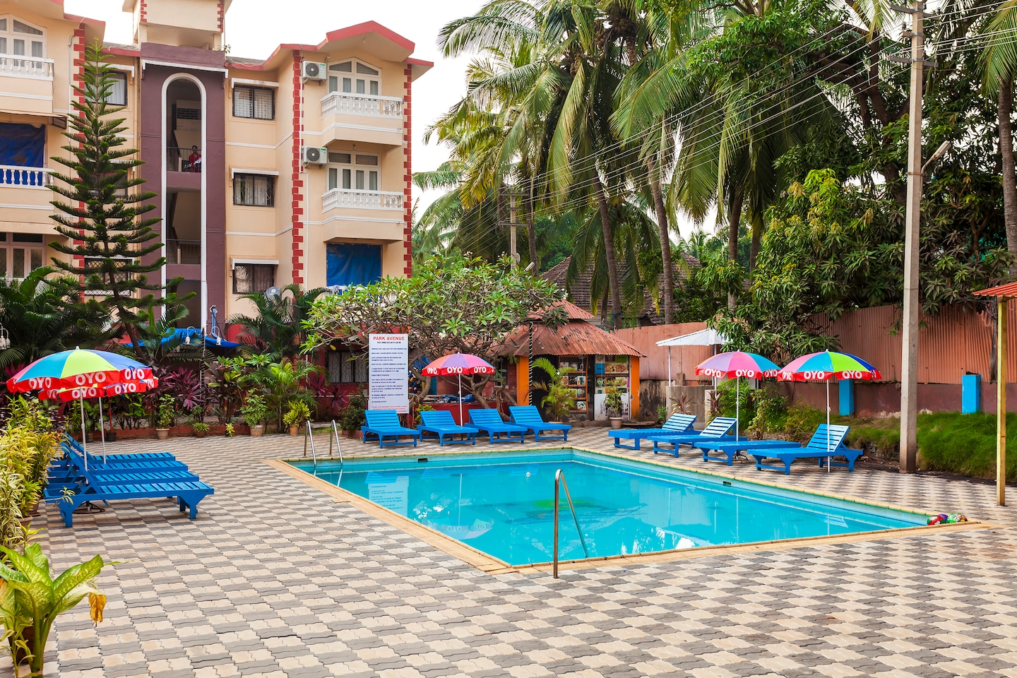 Oyo Flagship 400 Calangute Baga Circle Swimming Pool 1