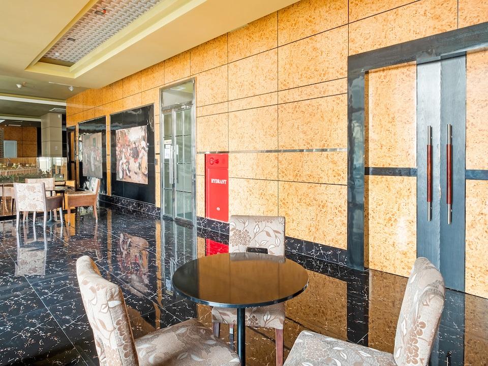OYO 3691 Apartment Saladin Mansion