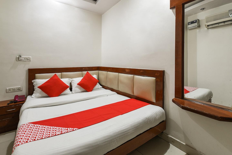 OYO 6168 Hotel Ashirwad -1